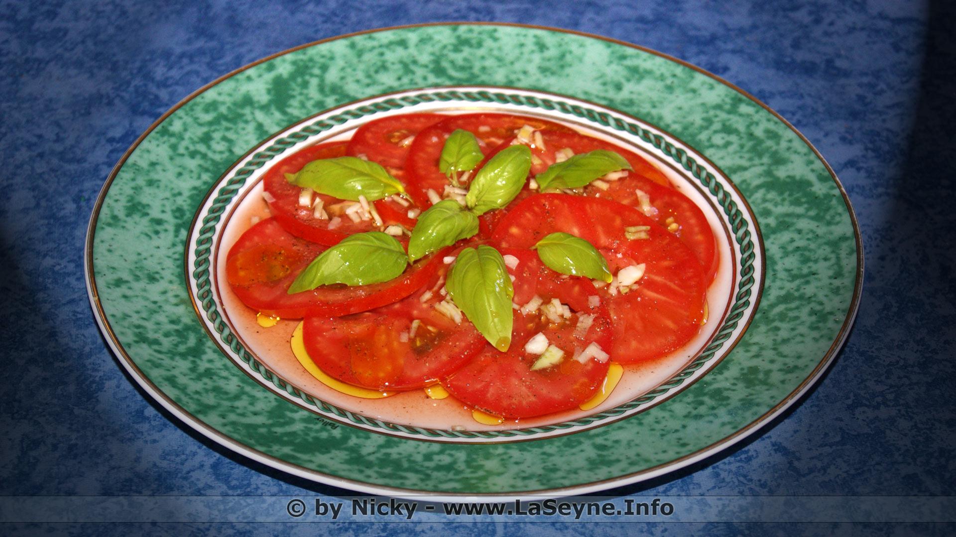 tomate ail basilic sel et poivre du moulin vinaigre de vin et huile d olives 2017