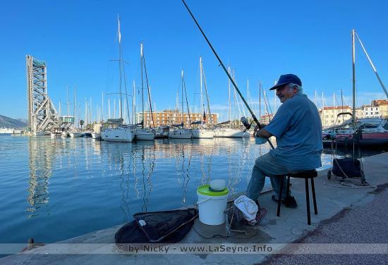 À la Pêche sur le Port de La Seyne