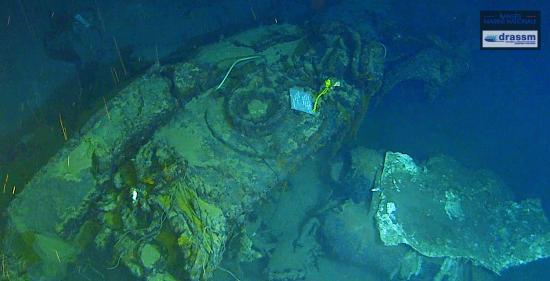 Nouvelle Plongée sur le Sous-Marin Minerve: Une Plaque commémorative posée sur l'Epave