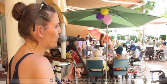 La Fête de la Musique au Korian - Le Cap Sicié avec Miss Magic Magali MissKo
