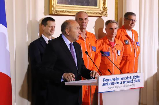 Sécurité civile - 6 nouveaux Avions Bombardiers d'Eau Multimissions gros Porteurs