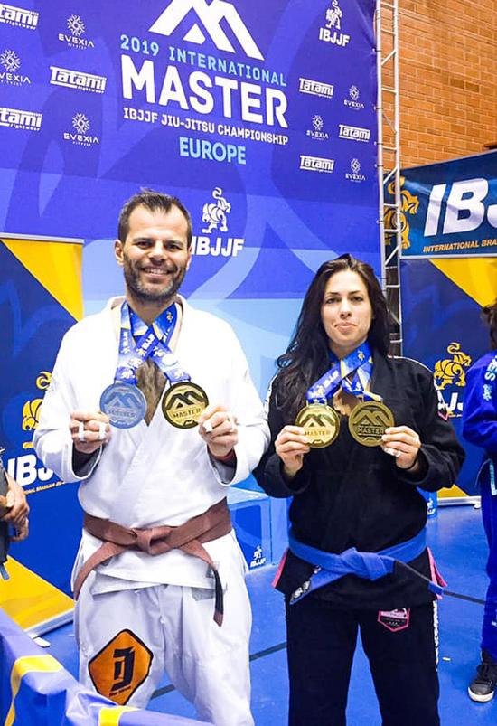 La Seynoise Jenna Blosse a décroché 2 Médailles: Championne d'Europe Absolute Jiu Jitsu