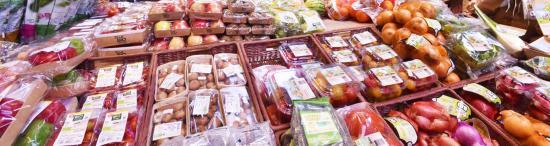 Le Paradoxe des Fruits et Légumes Bio vendus sous Plastique au Supermarché
