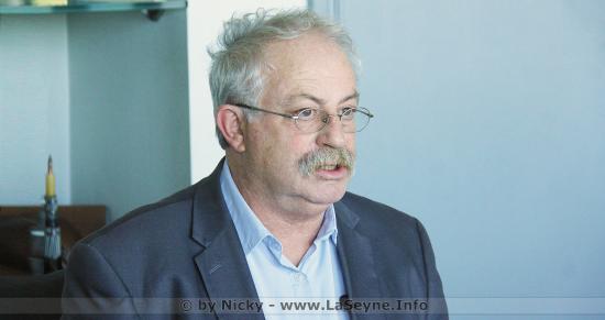 #Coronavirus #Covid19 et Masques de Protection: Où en sommes-nous à La Seyne ?.. Marc Vuillemot répond