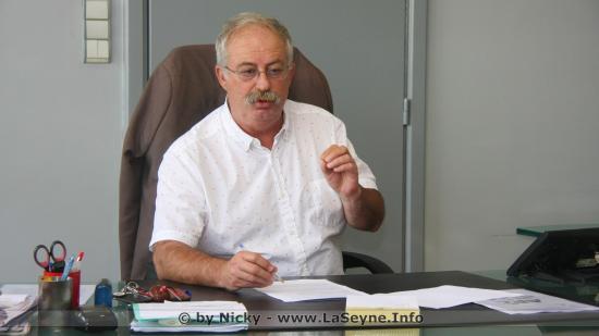 Marc Vuillemot à propos des Menaces sur l'Office d'Habitat TSH et les Baisses des APL