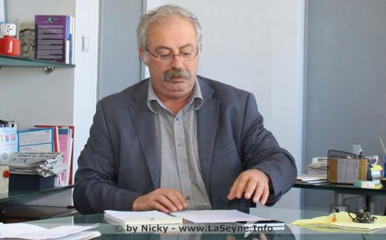 Un Communiqué Maire, Marc Vuillemot, relatif aux Changements d'Organigramme au Sein de la Mairie