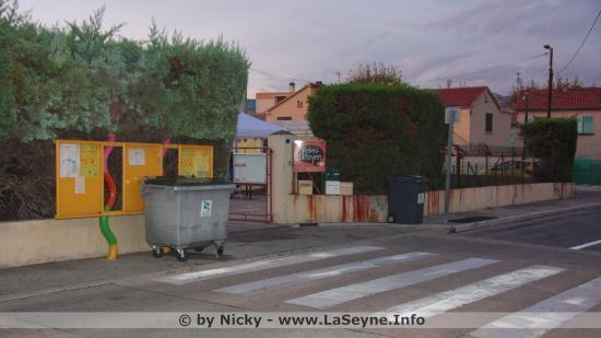 Conseil de quartier Ouest: Vide-grenier du Relais citoyen - Samedi 07 Octobre 2017