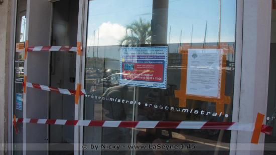 L'Agence seynoise du Réseau Mistral est en Rénovation: Un Bus Infos prend le Relais à l'Entrée du Parc de la Navale