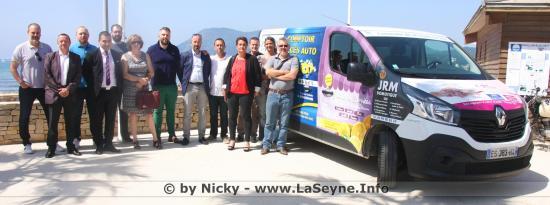 Un Minibus pour le Service Jeunesse à La Seyne sur Mer