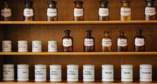 Deux Arrêtés sont parus au Journal officiel pour entériner la Fin du Remboursement des Produits Homéopathiques par la