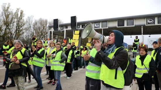 Gilets jaunes - 29/11/2018: les entrées et sorties à l'échangeur de la Ciotat fermées