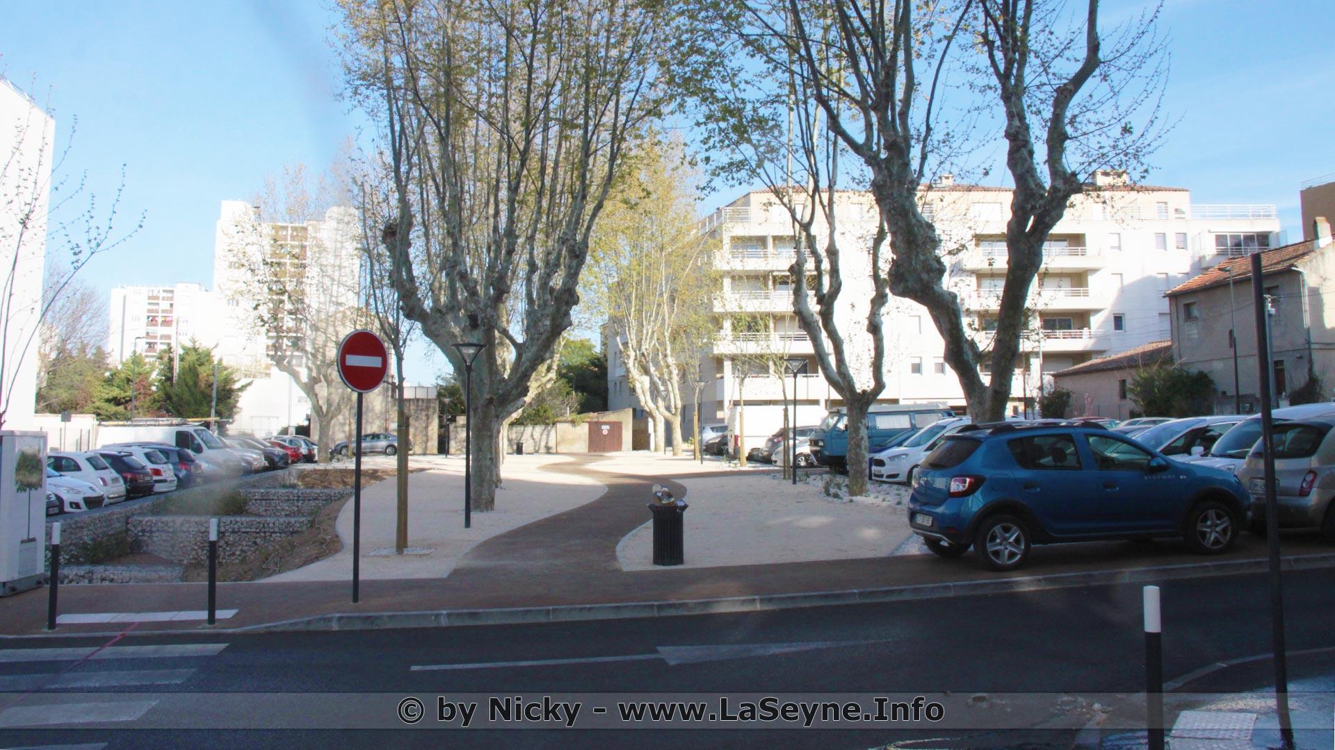 Place Albert Camus à La Seyne sur Mer, le 31/03/2019