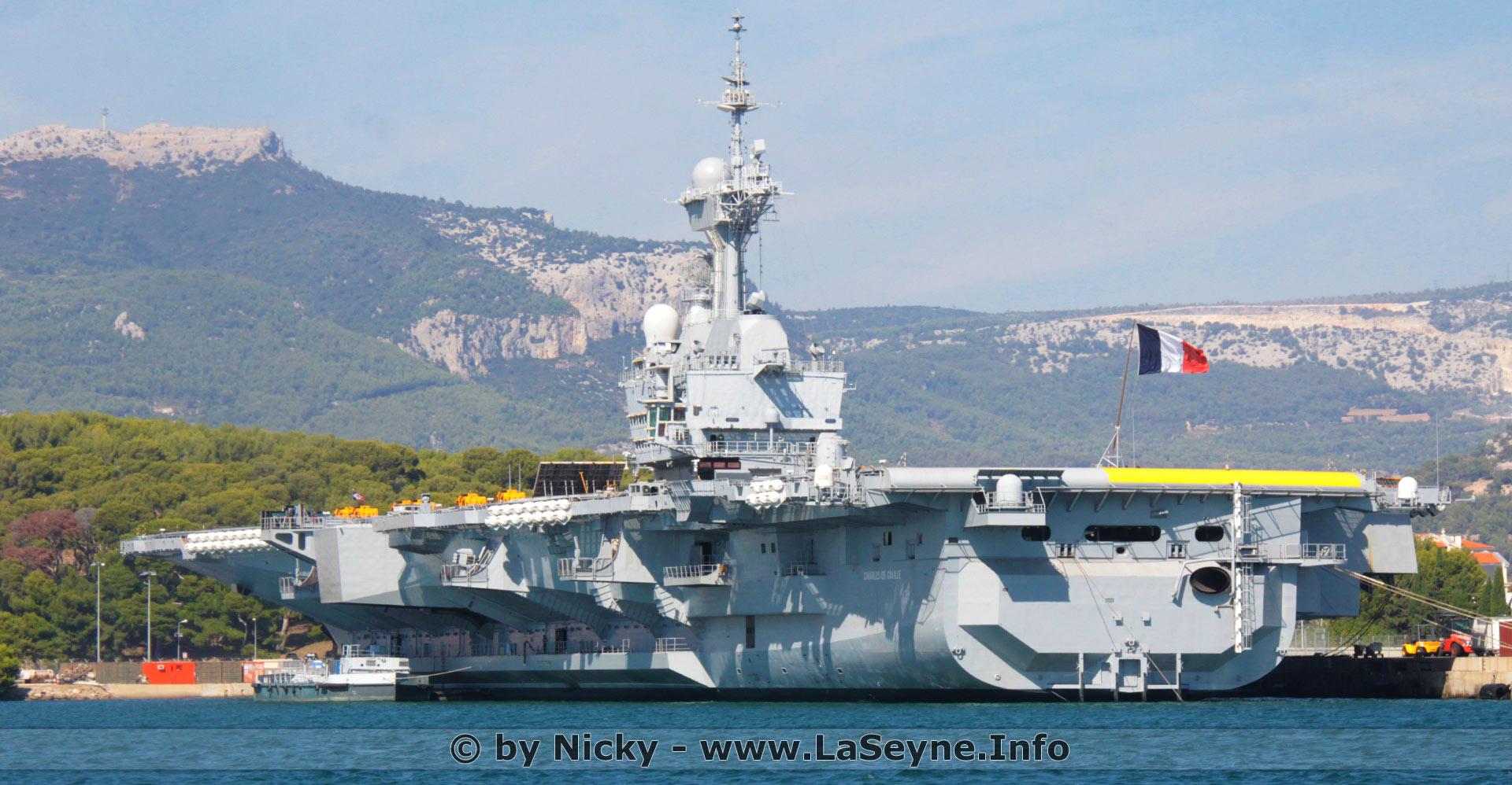 Laseyneinfo Le Porte Avions Charles De Gaulle A Quitté Toulon
